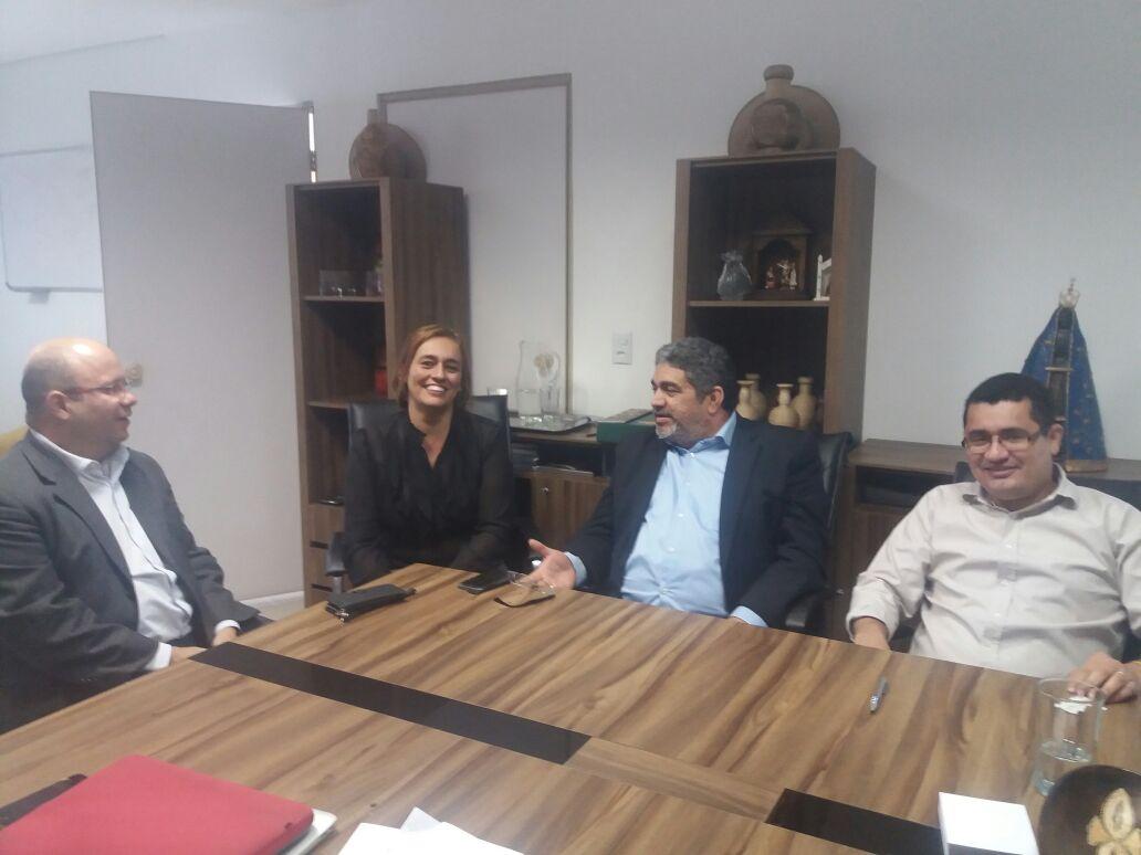 Equipe da Secretaria da Fazenda do Piauí se reune no BMV